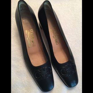 Ferragamo Ladies Black Heels 7.5 AA